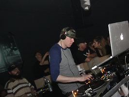 MAD MONEY / DJ DYNAMITE [Hamburg]