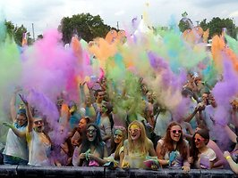 Galerie von: HOLI GAUDY - colour your day - HEILBRONN