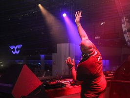 Carl Cox - Music is Revolution - Closing