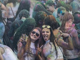 HOLI GAUDY - colour your day - Mönchengladbach