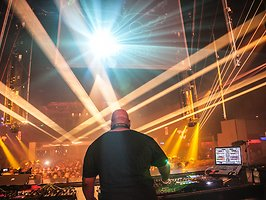 Carl Cox: Music Is Revolution - The Final Chapter