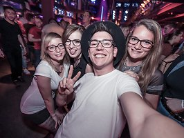 Galerie von: diginights club connect