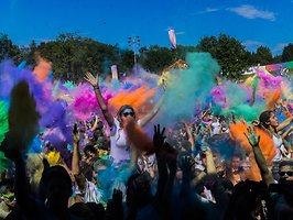 Galería de: HOLI GAUDY - colour your day - Stuttgart-Kornwestheim