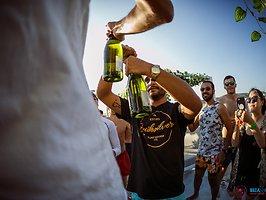 Galerie von: Ibiza Sea Party Sunset