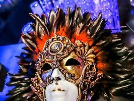 Elektronische Maskerade