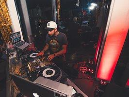 SKYBEATS w/ DJ RayG